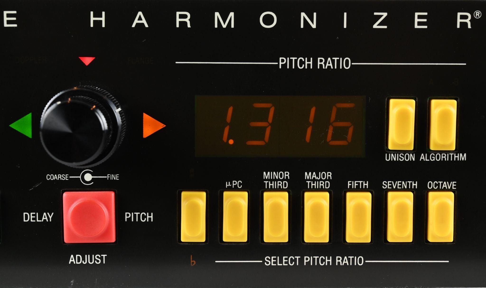 h969-pitch-cu.jpg